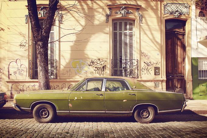 Винтажный автомобиль мафии сфотографировали в Воронеже&#8205