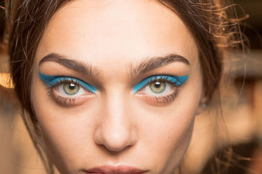 honor-ss15-blue-eye-makeup