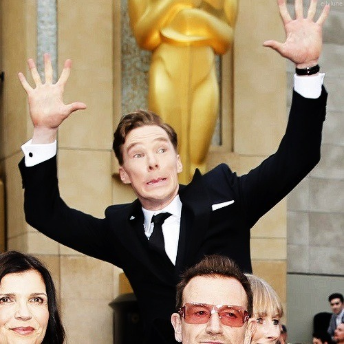 benedict-cumberbatch-oscar-photo-bomb-close.jpg