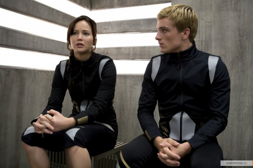 kinopoisk.ru-The-Hunger-Games_3A-Catching-Fire-2271138.jpg